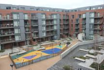 Flat to rent in Zenith Close, Colindale...