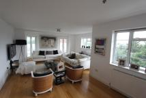2 bed house to rent in Thurlby Croft...