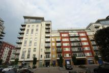 1 bedroom Flat in Curtiss House...