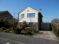 Detached property in 69 Thornhill Road...