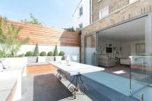 3 bed Maisonette in Campana Road, Fulham...