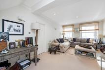 2 bed Terraced house to rent in Petersham Place,