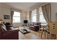 Apartment in Whitehall Craigs Court ...