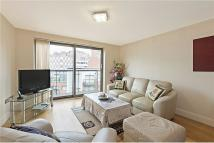 2 bedroom Apartment in Montaigne Close Horsley...