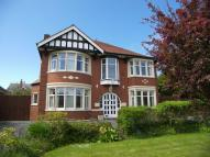 5 bedroom Detached home in Clifton Drive North...