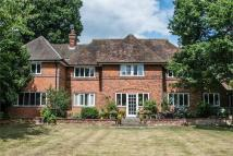 6 bedroom Detached home for sale in THE CAUSEWAY, POTTERS BAR