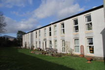 2 bed Flat for sale in Castlehead Close...