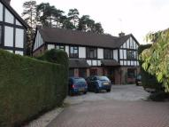 5 bed Detached property to rent in Grange Gardens...