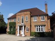 6 bedroom Detached property to rent in Dukes Wood Drive...