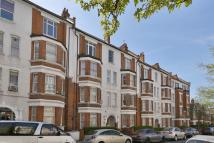 3 bed Flat in Carlton Mansion...