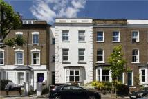 Flat in Falkland Road, London
