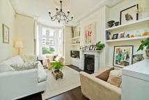 Terraced home to rent in Countess Road, London
