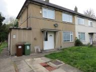 3 bed semi detached property in Deanswood View, Leeds...