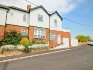 4 bed semi detached property in Front Street...