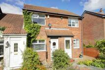 2 bedroom semi detached house in Dykes Way, Gateshead...