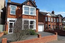 5 bed Detached property in Longlands Road, Sidcup...