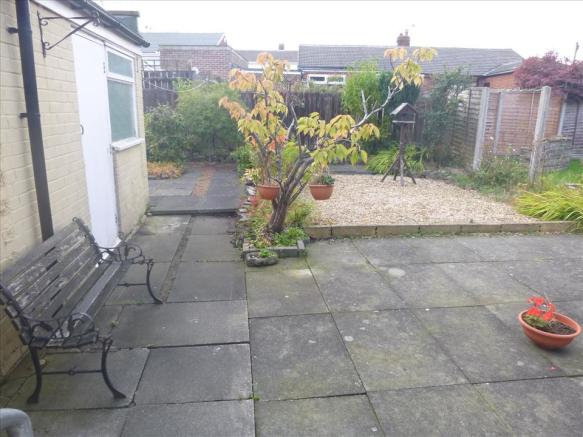 ADDITIONAL REAR GARDEN PHOTO