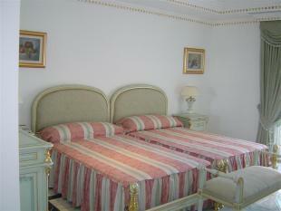 Bedroom 2 (Medium)