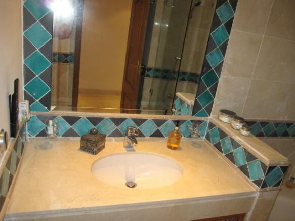 2bd bathroom