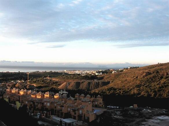 View 4 Gibr