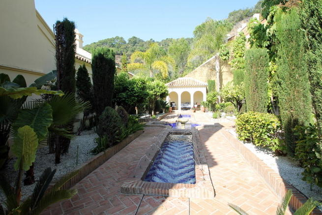 Alhambra fountains