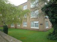 Flat to rent in Rawdon Drive, Hoddesdon...