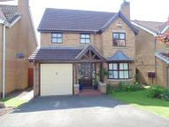 4 bed Detached property in Hollybrook Grove...