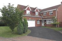 5 bed Detached property in Kings Croft, Ealand...