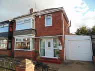 4 bedroom semi detached house in Trent Avenue, Thornaby...