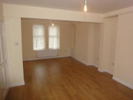 3 bed Terraced house to rent in Hanbury Road, Pontypool...