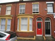 Flat to rent in Alwyn Street, Liverpool...