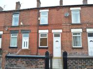 2 bedroom house to rent in Thompson Street...