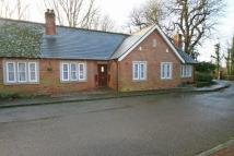 Bungalow to rent in Hurstpierpoint