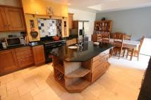 4 bedroom Detached house to rent in Whitemans Green...