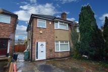3 bed semi detached home in Queens Walk, Ruislip...