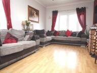 4 bedroom Detached Bungalow in Portland Road, Ashford...
