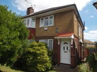 2 bedroom house in Bedfont Close, Feltham...