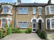 4 bed house in Palmerston Road, London...
