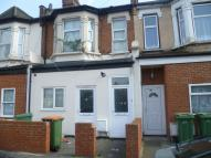 Flat for sale in Dersingham Avenue...