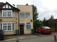 2 bed home in River Road, Barking, IG11