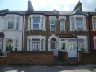 2 bedroom Flat in St. Georges Road, London...