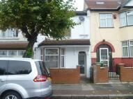 3 bedroom Detached house in Oakdale Road, London, E7