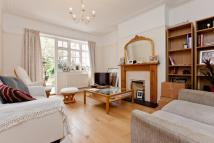The Ridgeway Flat to rent