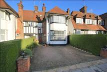 4 bed semi detached property in Dunstan Road...