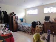 Flat to rent in Finchley Road, NW11
