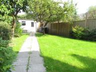 2 bed Flat in Sunningfields Road...