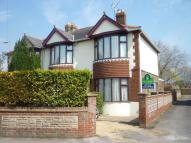 4 bedroom semi detached house in Jubilee Road...