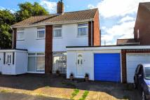 3 bedroom semi detached home in Stoneleigh Close...