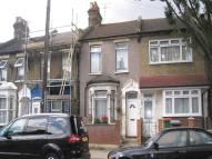 2 bedroom house for sale in Geere Road, London, E15