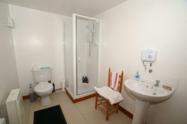 Garage Shower Room